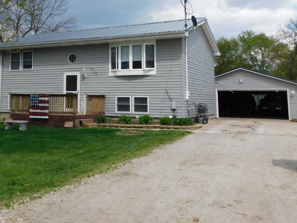 602 Main, Monroe, Iowa 50170-1031, 4 Bedrooms Bedrooms, ,1 BathroomBathrooms,Single Family,For Sale,Main,5563752