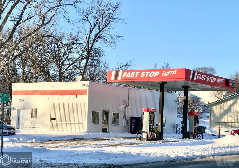 203 Montezuma, Malcom, Iowa 50157, ,Commercial (5+ Units),For Sale,Montezuma,5719754