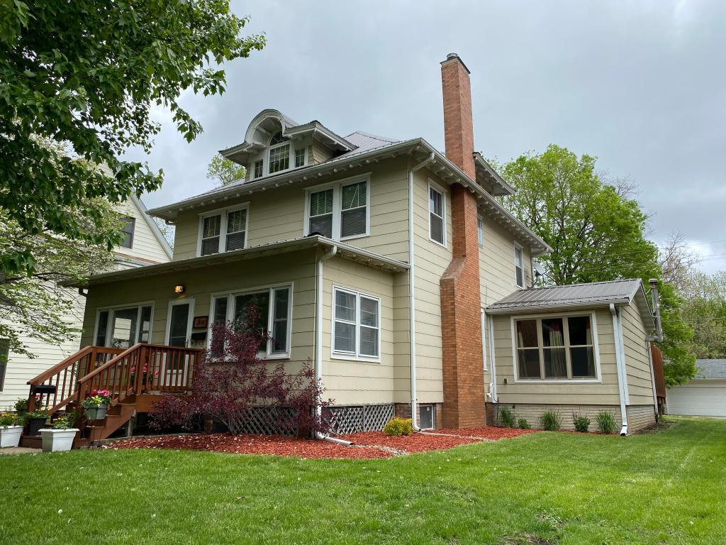 308 North 3rd, Oskaloosa, Iowa 52577, 3 Bedrooms Bedrooms, ,1 BathroomBathrooms,Single Family,For Sale,North 3rd,5568768