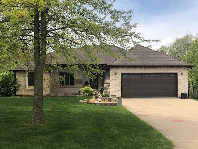 19 Bear Creek Estates Drive, Ottumwa, Iowa 52501-8996, 4 Bedrooms Bedrooms, ,3 BathroomsBathrooms,Single Family,For Sale,Bear Creek Estates Drive,5564783