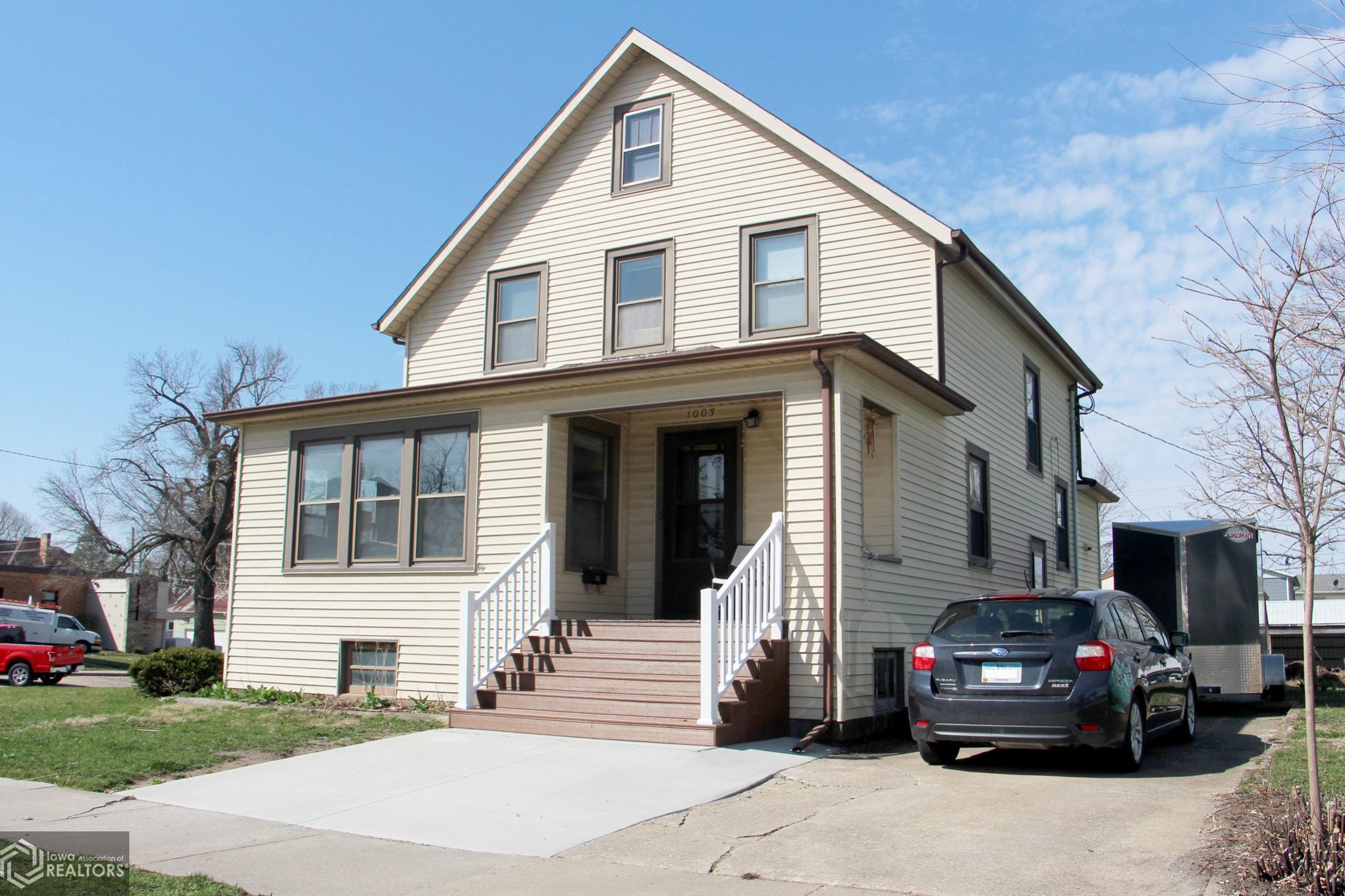 1003 East, Grinnell, Iowa 50112-1754, 2 Bedrooms Bedrooms, ,1 BathroomBathrooms,Single Family,For Sale,East,5732802