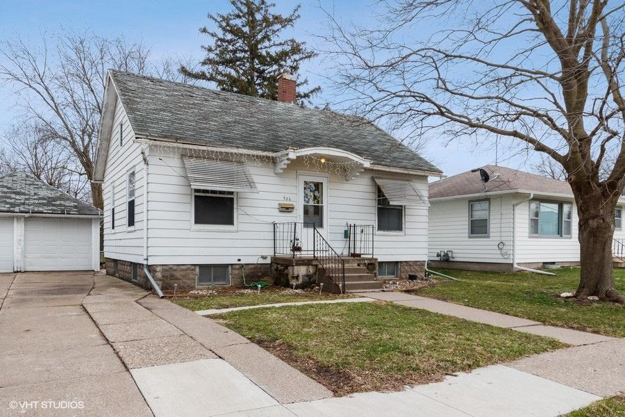726 3rd, Washington, Iowa 52353-9409, 2 Bedrooms Bedrooms, ,1 BathroomBathrooms,Single Family,For Sale,3rd,5544803