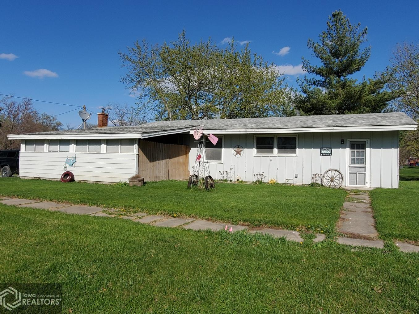 729 Maple, Murray, Iowa 50174-1003, 2 Bedrooms Bedrooms, ,1 BathroomBathrooms,Single Family,For Sale,Maple,5740823