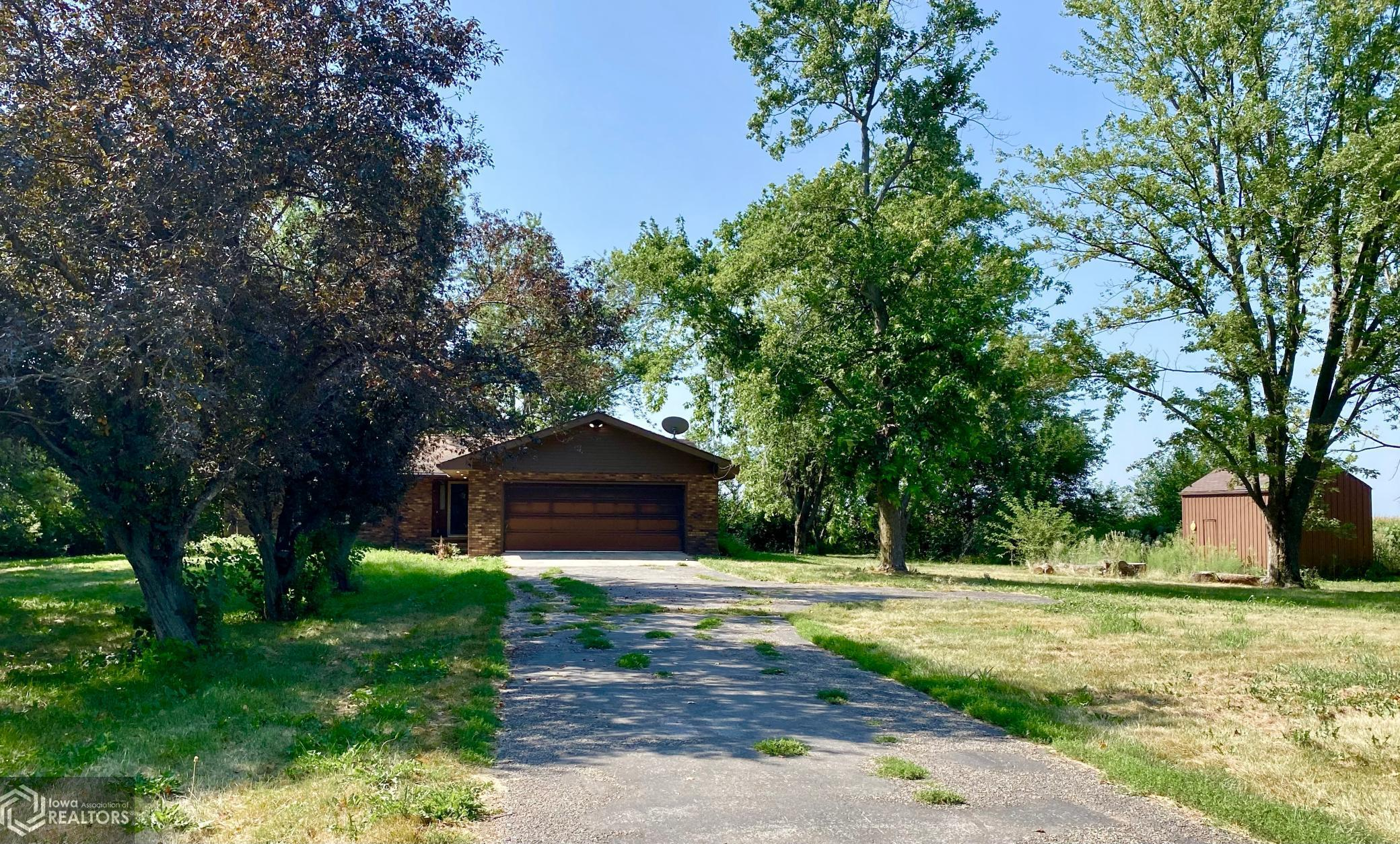 1124 Old 6, Malcom, Iowa 50157-8081, 2 Bedrooms Bedrooms, ,1 BathroomBathrooms,Single Family,For Sale,Old 6,6086841