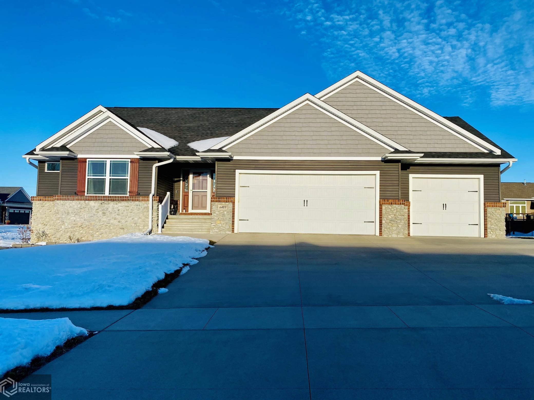 6403 Grant, Cedar Rapids, Iowa 52404-7480, 4 Bedrooms Bedrooms, ,3 BathroomsBathrooms,Single Family,For Sale,Grant,5703844