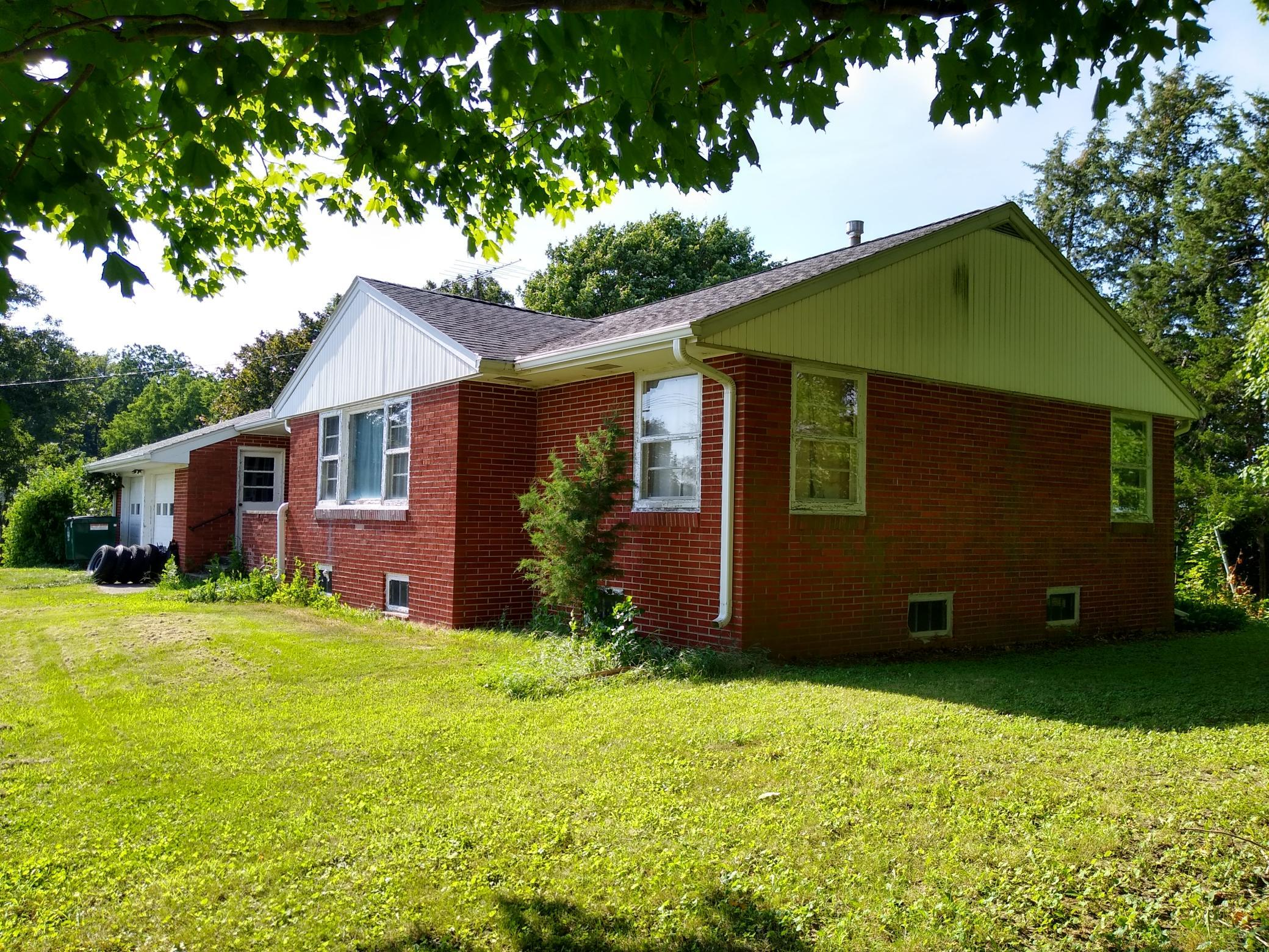 14966 Highway 6, Grinnell, Iowa 50112-1734, 3 Bedrooms Bedrooms, ,1 BathroomBathrooms,Single Family,For Sale,Highway 6,5629868