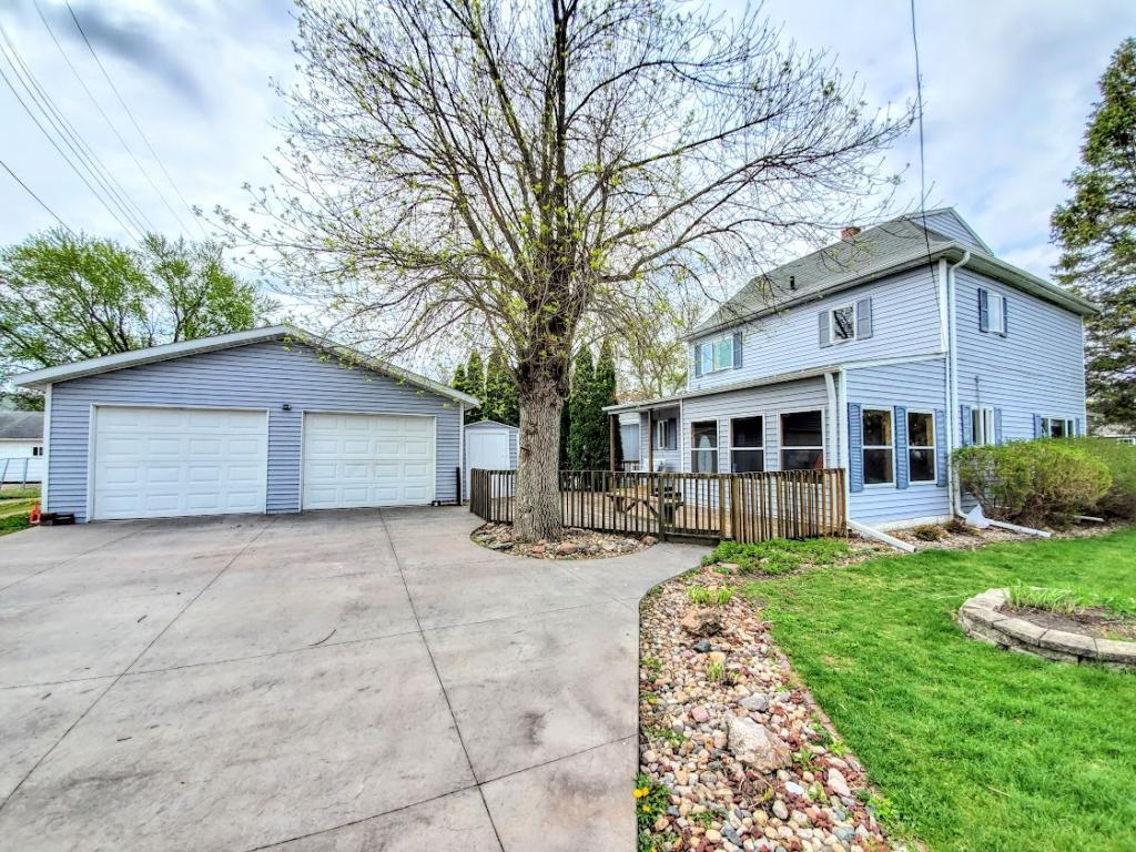 318 3rd, Buffalo Center, Iowa 50424-1051, 4 Bedrooms Bedrooms, ,2 BathroomsBathrooms,Single Family,For Sale,3rd,5566888
