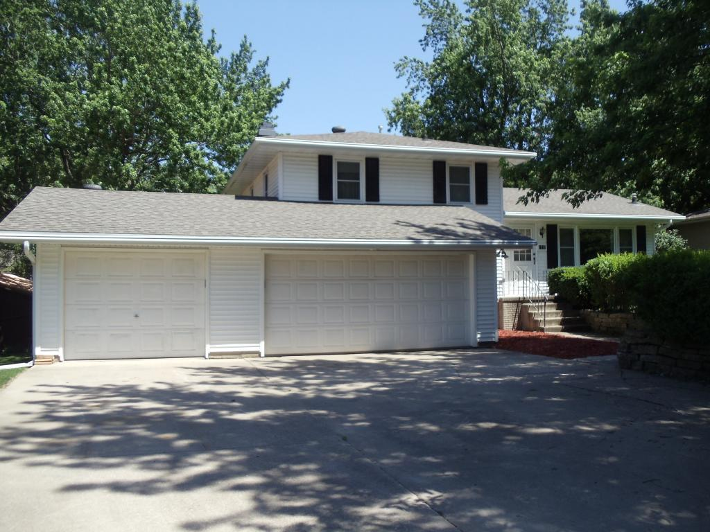 1710 Reed, Grinnell, Iowa 50112, 3 Bedrooms Bedrooms, ,1 BathroomBathrooms,Single Family,For Sale,Reed,5607907
