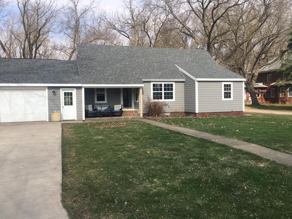 403 Cedar, Emmetsburg, Iowa 50536, 2 Bedrooms Bedrooms, ,1 BathroomBathrooms,Single Family,For Sale,Cedar,5565927