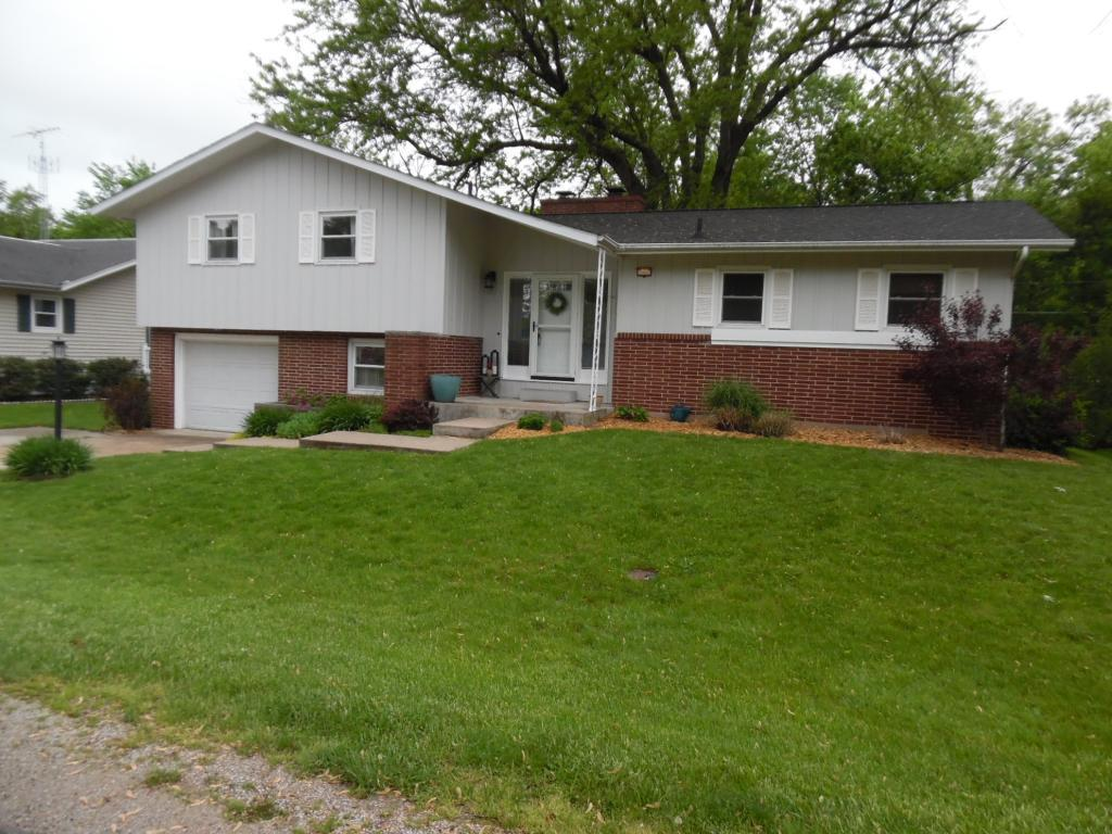 3042 Westwood, Fort Madison, Iowa 52627-4703, 3 Bedrooms Bedrooms, ,1 BathroomBathrooms,Single Family,For Sale,Westwood,5568944
