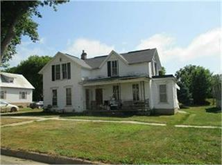405 Clay, Brooklyn, Iowa 52211-9780, 3 Bedrooms Bedrooms, ,1 BathroomBathrooms,Single Family,For Sale,Clay,5563991