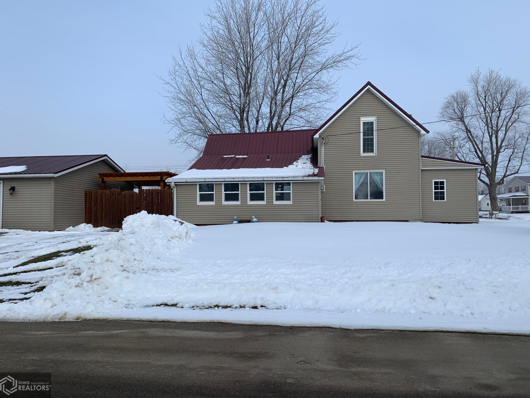 506 3rd, Montezuma, Iowa 50171-0355, 4 Bedrooms Bedrooms, ,1 BathroomBathrooms,Single Family,For Sale,3rd,5703999